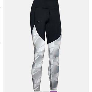 NWOT UA Abstract High Rise Women's Leggings